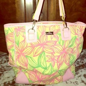 Lilly Pulitzer pastel preppy flower tote